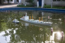 Models and models of ships